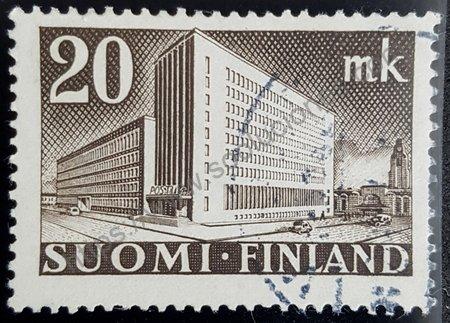 Edificio administracion postal Helsinki sello de 1945