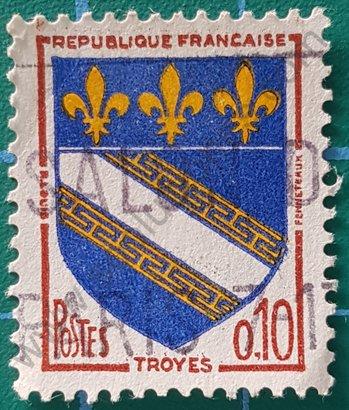 Estampilla escudo de armas de Troyes - Francia 1963