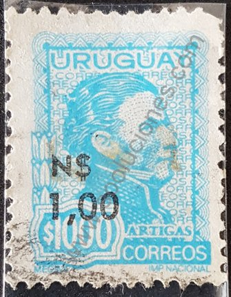 Sello General Artigas Uruguay 1975 sobre impreso N$ 1,00