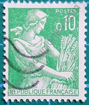 Sello de mujer segando Francia 1960 - 0,10 Francos