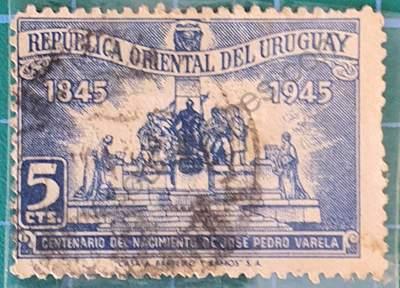 Monumento a José P. Varela - sello Uruguay 1945