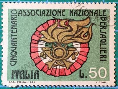 Escudo de Bersaglieri - Sello Italia 1974 L.50
