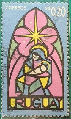 Virgen y niño - Navidad 1975 - sello Uruguay