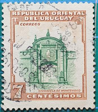Puerta de la Ciudadela Montevideo - Sello 1954