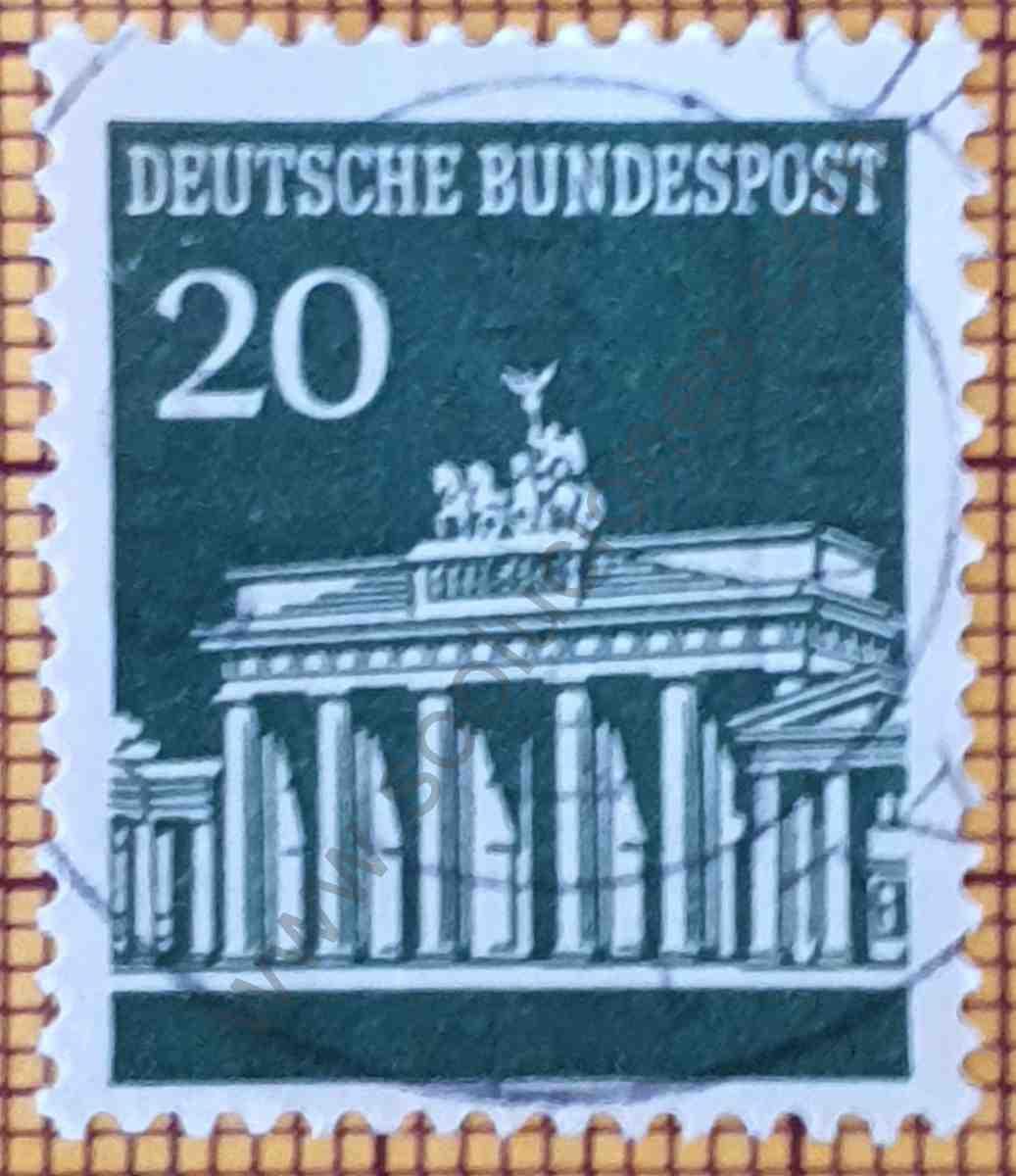 Puerta de Brandenburg 20Pf - sello de Alemania año 1966