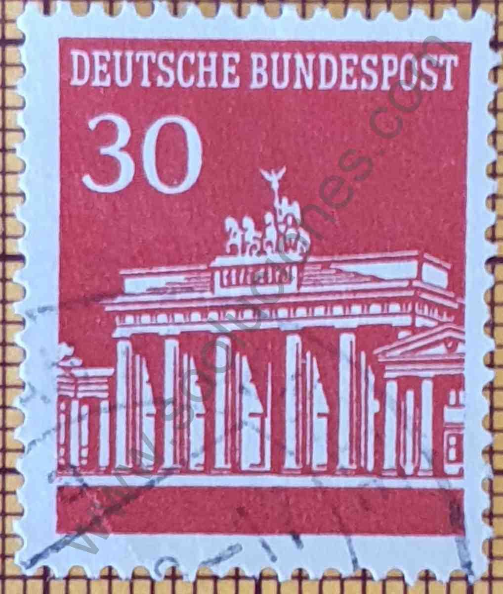 Puerta Brandenburg sello de 30Pf - Alemania año 1966