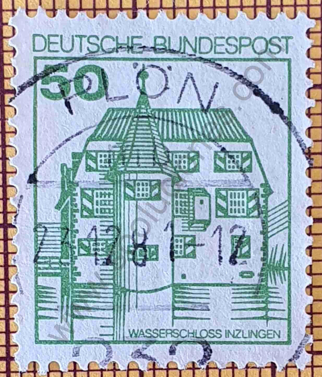 Sello con el Castillo con foso Inzlingen - Alemania 1980